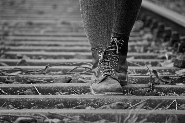 shoes-770421_1280