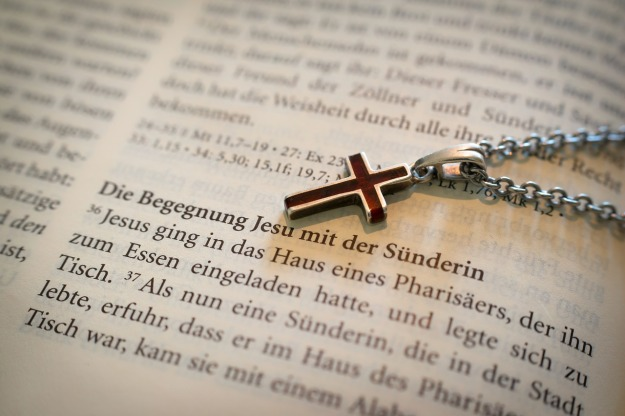 bible-1058289_1280