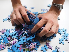 pieces-of-the-puzzle-592798_1280