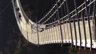 suspension-bridge-1171119_1280
