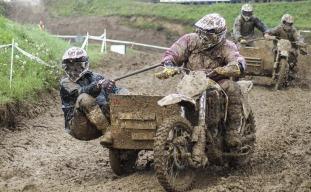 motocross-1045661_1280