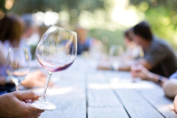 wineglass-553467_1280