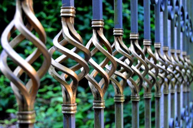iron-gate-1623303_1280