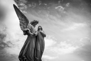 cemetery-1655378_1280
