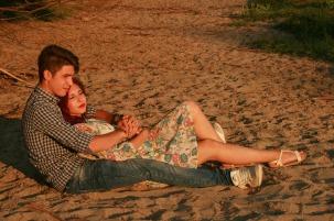 couple-913236_1280