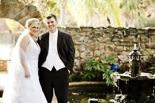 bride-458119_1280