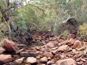 riverbed-261250_1280