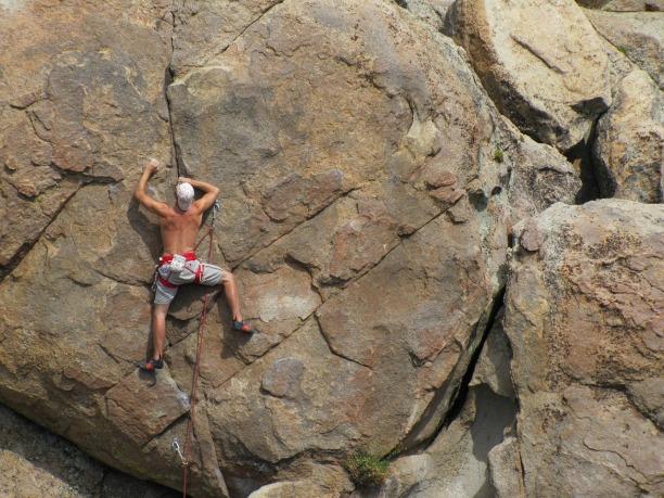 rock-climbing-403478_1280