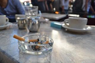 smoking-1673212_1280