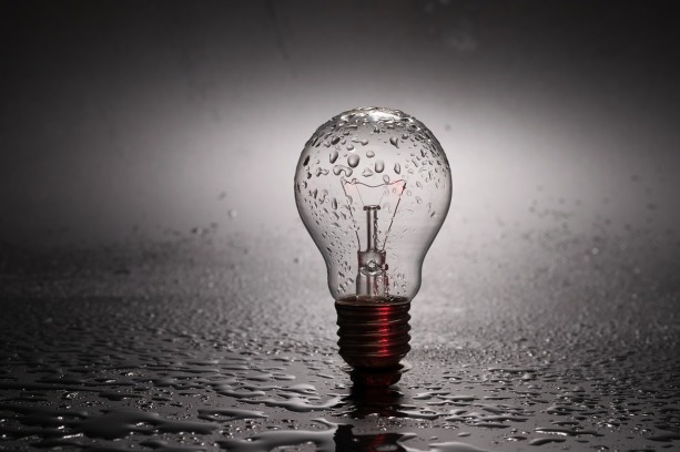 bulb-2287759_1280