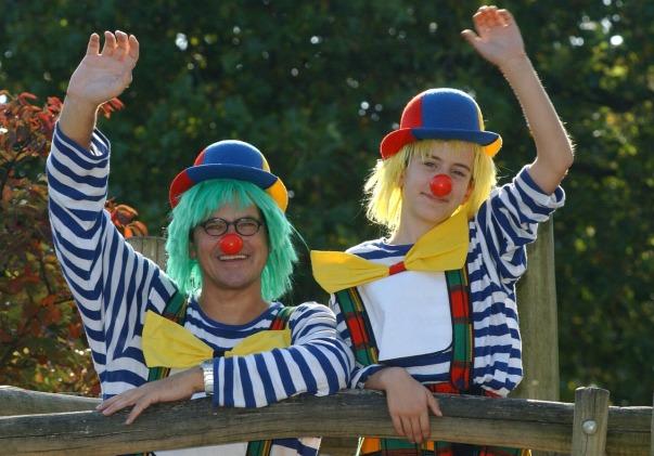 clowns-circus-2278906_1280