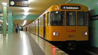 alexanderplatz-2662043_1280