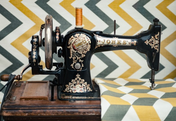 sewing-2589479_1280