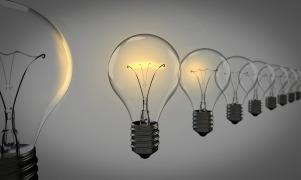 light-bulbs-1875384_1280