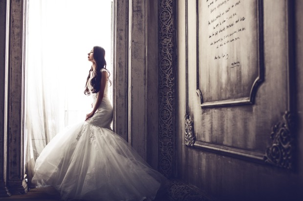 wedding-dresses-1486005_1280