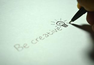 creative-725811_1280
